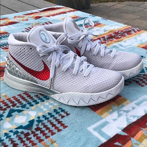 the latest d12ab ec27b Nike Kyrie basketball shoes. M 5c96b784de6f6266df4af32e